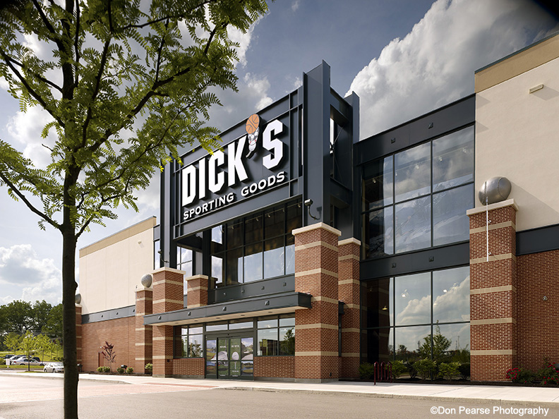 Dick's Sporting Goods, Cranberry Township, PA / Architect: Herschman Architects, Cleveland, OH / Dis